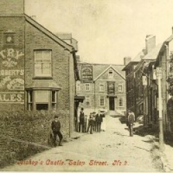 The Three Tuns Hotel c1904. Note the Gas Light.