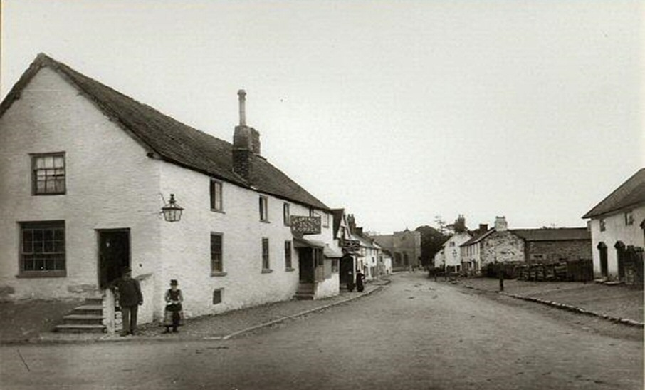 The Boars Head Inn c1900