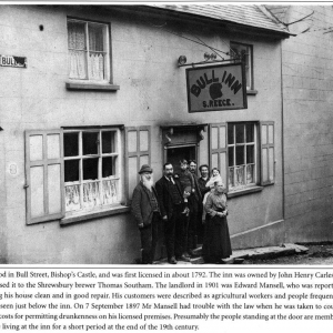 The Bull Inn c1900, with a family (Thought to be the Reece family).