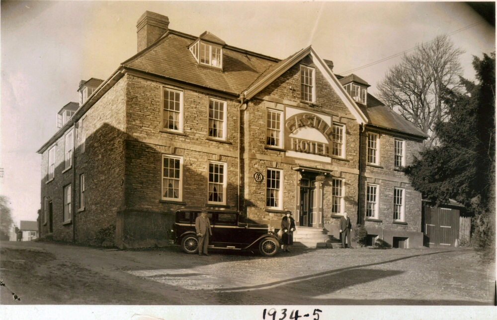Castle Hotel 1934-5